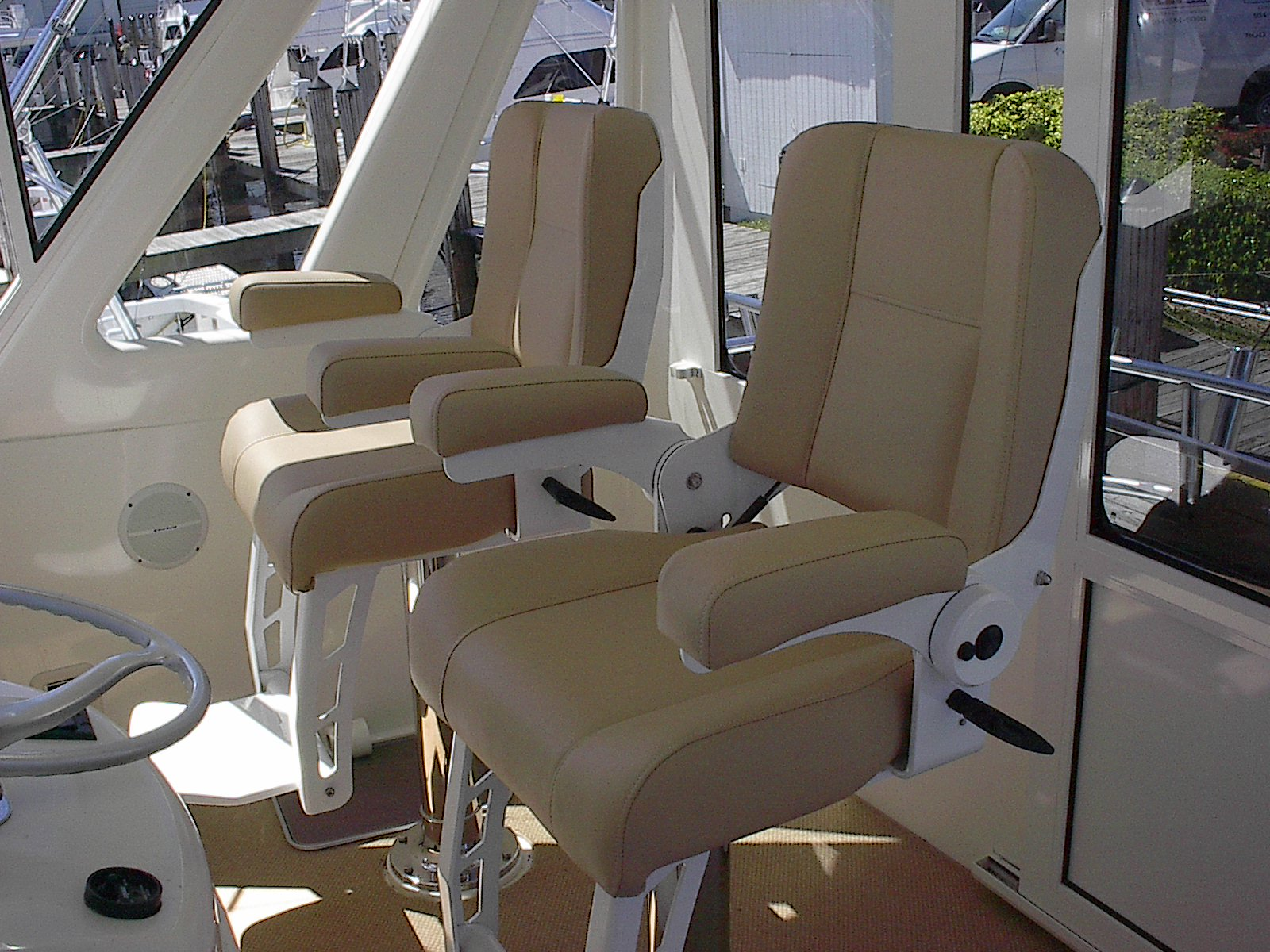 Yacht Line Series Helm Chairs